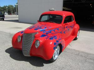 1939 FordCustom 2 Door Coupe 002