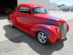 1939 FordCustom 2 Door Coupe 004