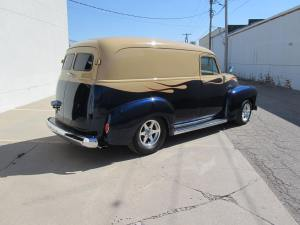 1955 Delivery Wagon 006