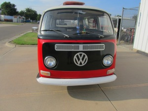 1968 VW 8 Window 002