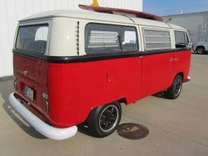 1968 VW 8 Window 003