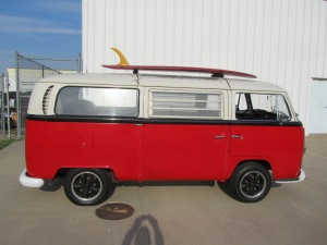 1968 VW 8 Window 004