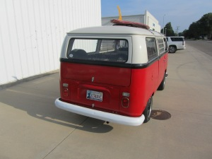 1968 VW 8 Window 005