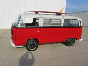 1968 VW 8 Window 006