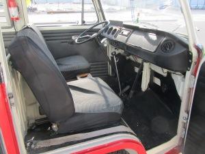 1968 VW 8 Window 009