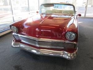 19556 Chevy Convertible 003
