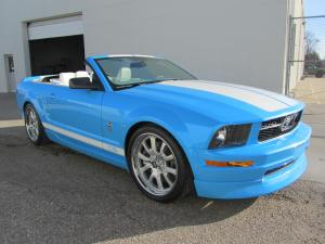 2005 Mustang Convertible 004